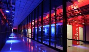 Das Switch SuperNAP in Nevada ist mit über 200.000 Quadratmetern das derzeit größte Mega Datacenter der Welt. Switch Communications betreibt insgesamt sieben Datacenters im Las Vegas Valley, das als besonders sicher vor Naturkatastrophen gilt. (Bild: Switch)