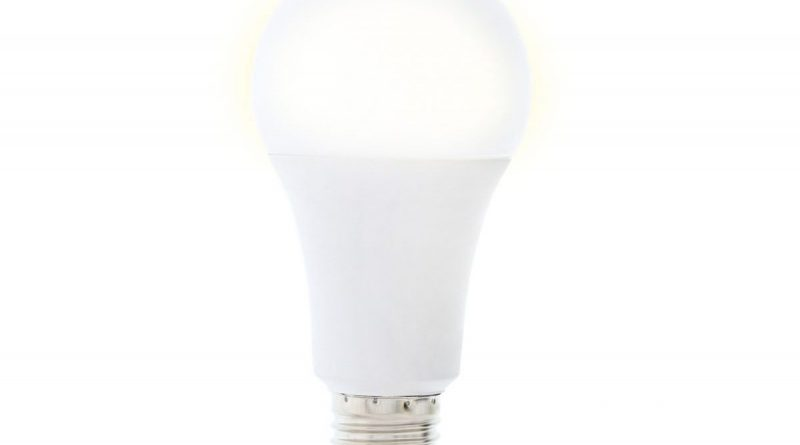 Produkt des Monats: Smarte LED-Lampe und Smarte Steckdosenleiste