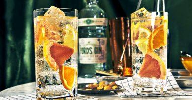 Jetzt auch in Deutschland erhältlich ist der vom Gin-Experten Simon Ford zusammengestellte London Dry Gin.